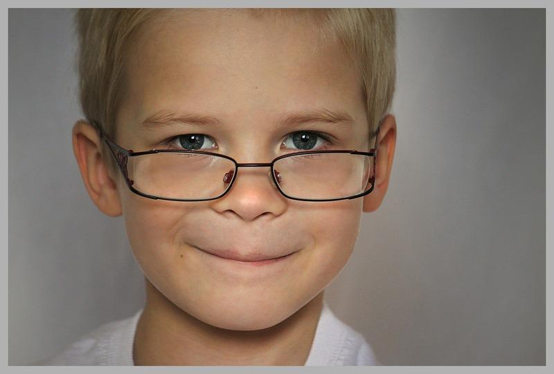 ¿A qué edad es recomendable que los niños tengan su primer examen visual?