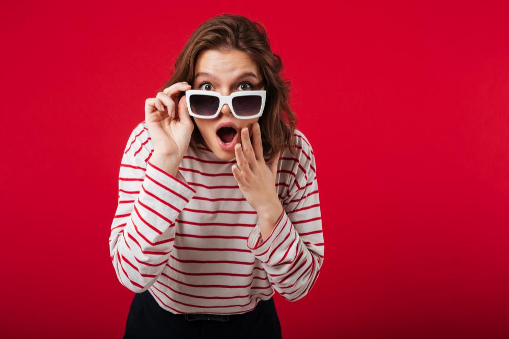 ¡Usa gafas de sol con la fórmula que necesitas gracias a los lentes fotocromáticos!
